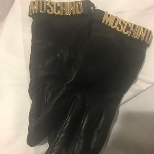 Moschino black gloves